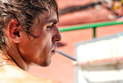 Pourquoi être ou ne pas être un fumeur ?
